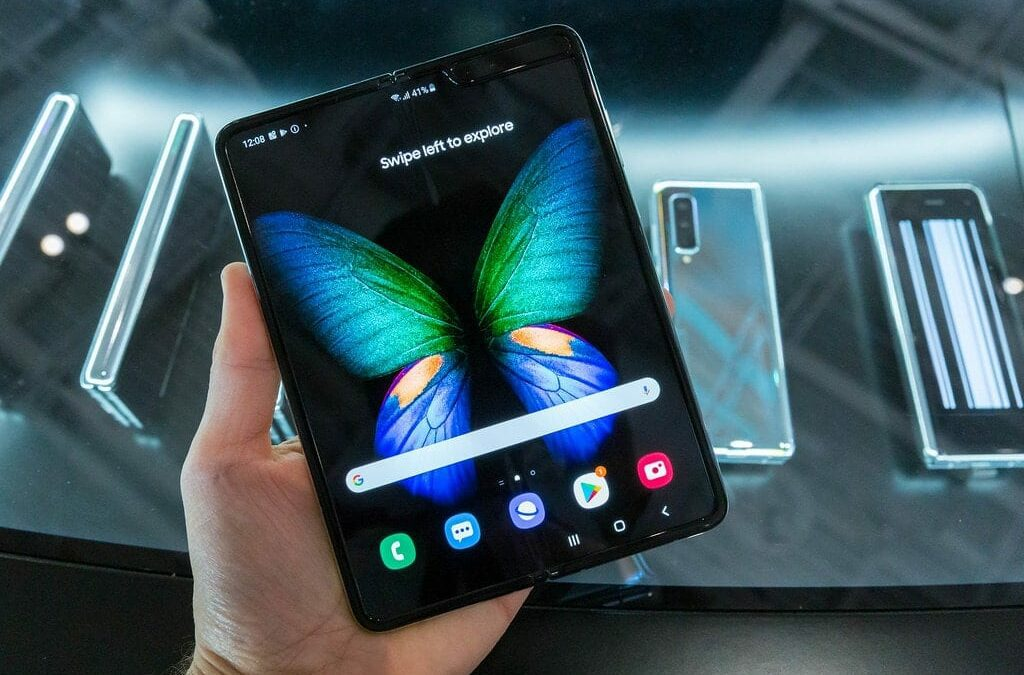 What Do Foldable Phones Mean For Website Design?